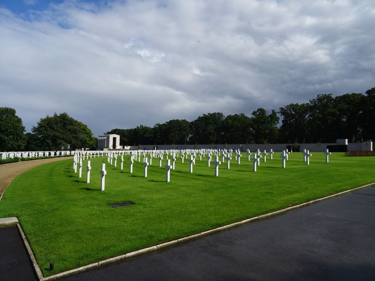 madingley american cemetery cambridge